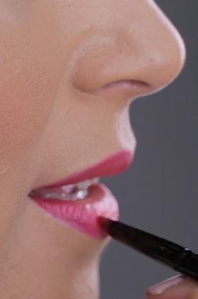 Maquillaje de labios estilo ombré