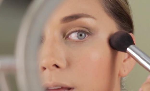 Tips para contornear e iluminar el rostro