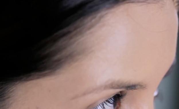 Cómo aplicar base y emparejar tono del rostro