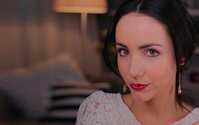 Maquillaje Navidad labios rojos efecto vinilo