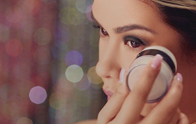 Disimula ojeras e imperfecciones con maquillaje