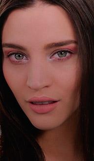 Maquillaje para fiesta de día: ojos luminosos