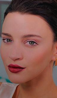 Maquillaje para Navidad: Labios voluminosos