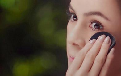 ¿Cómo disimular ojeras e imperfecciones con el corrector de maquillaje?